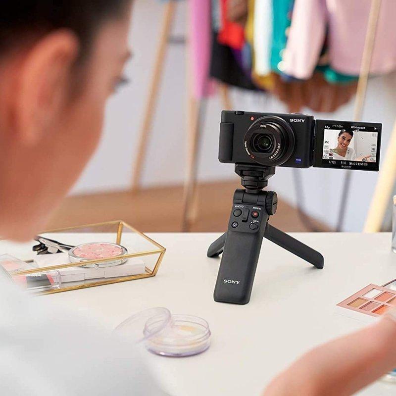 Sony Vlog camera ZV-1   Digital Camera (Vari-angle Screen for Vlogging, 4K Video) ZV1BDI